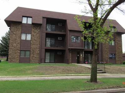 Bismarck Condo/Townhouse For Sale: 2121 Washington St N