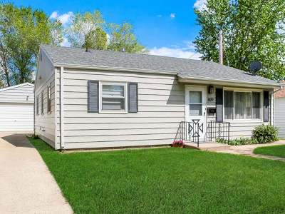 Single Family Home Sold: 809 17th Street N