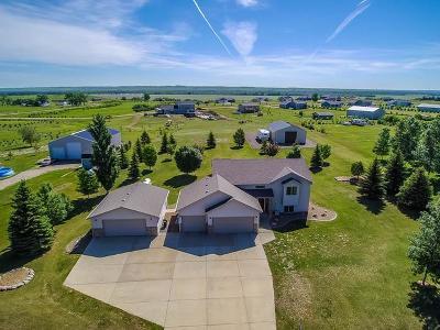 Mandan Single Family Home For Sale: 3192 Bluestem Dr N