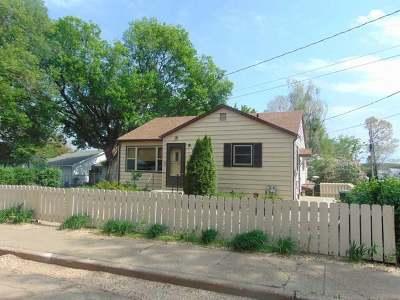 Mandan Single Family Home For Sale: 407 3rd St NE