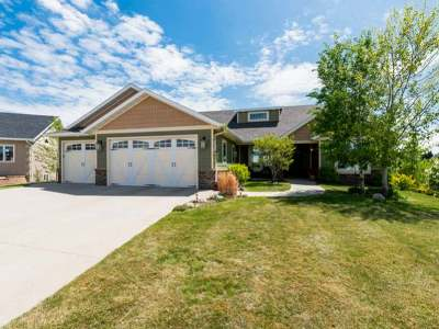 Bismarck Single Family Home For Sale: 3605 Pebbleview Pl