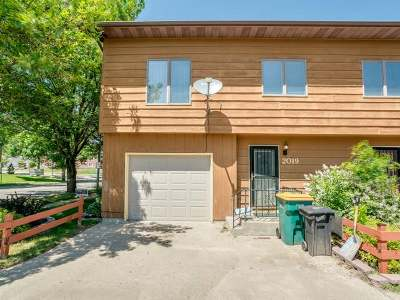 Bismarck Condo/Townhouse For Sale: 2019 19th St N #E