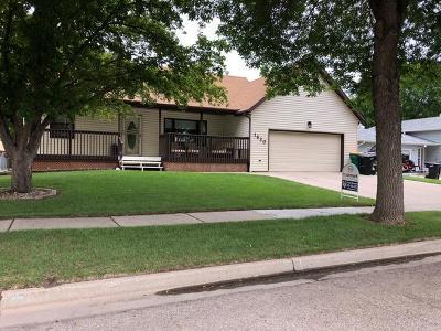 Bismarck Single Family Home For Sale: 1620 Oakland Dr