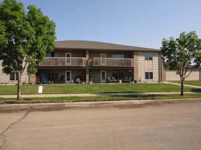 Bismarck Condo/Townhouse For Sale: 704 Bridgeport Dr #6