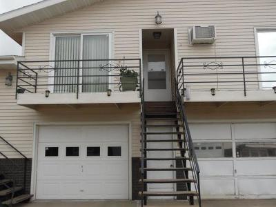 Bismarck ND Condo/Townhouse For Sale: $109,900