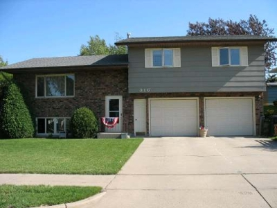 Bismarck Single Family Home For Sale: 316 Turnpike Av W
