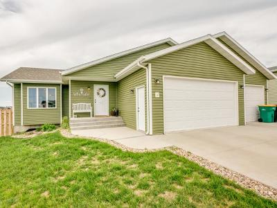 Bismarck Single Family Home For Sale: 5400 Normandy St