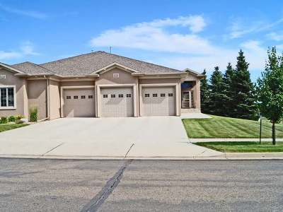 Bismarck Single Family Home For Sale: 3011 Chisholm Trail