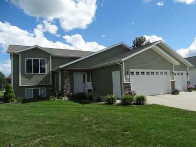 Mandan Single Family Home For Sale: 3602 Bay Shore Bend SE