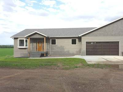Mandan Single Family Home For Sale: 1370 14th Street SE