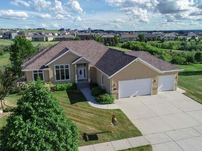 Bismarck Single Family Home For Sale: 1299 Eagle Crest Lp