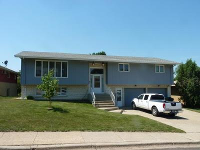 Mandan ND Single Family Home Sold: $195,000