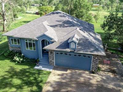 Bismarck ND Single Family Home For Sale: $489,900
