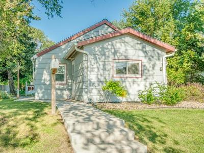 Mandan Single Family Home For Sale: 505 1st Ave NE