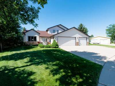 Mandan Single Family Home For Sale: 4313 Crown Point Rd NW