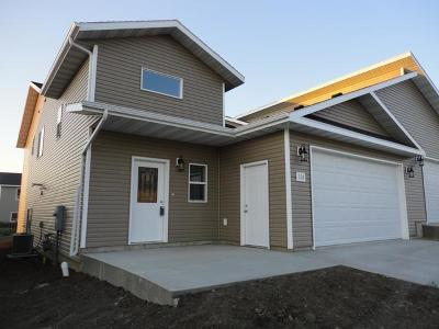 Mandan Single Family Home For Sale: 311 Will Court SE