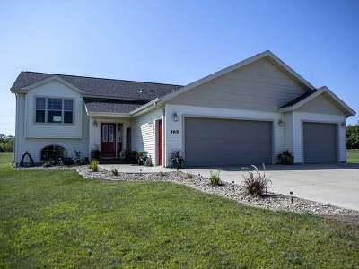 Bismarck Single Family Home For Sale: 5415 Prairewood Dr