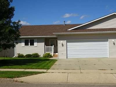 Mandan Condo/Townhouse For Sale: 312 15th St NE
