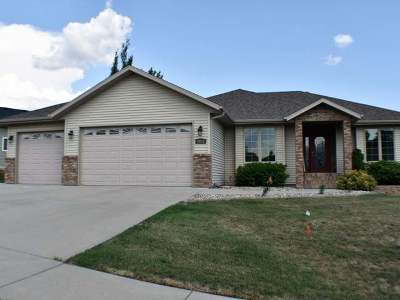 Bismarck Single Family Home For Sale: 3011 Sleepy Hollow Lp