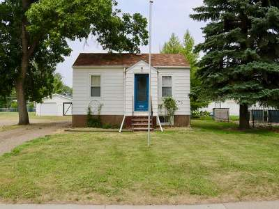 Bismarck ND Single Family Home For Sale: $89,000