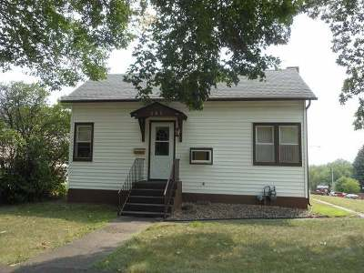 Bismarck ND Single Family Home For Sale: $149,900