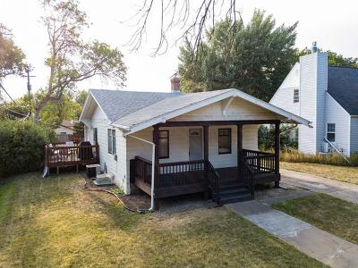 Bismarck Single Family Home For Sale: 614 Hannifin St N