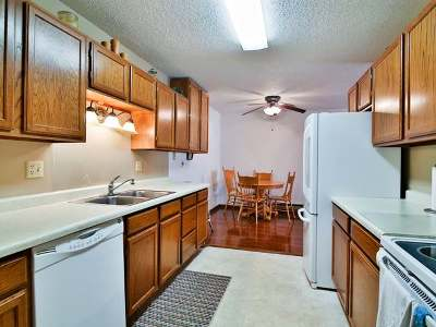 Beulah, Hazen Condo/Townhouse For Sale: 100 7th Street NW #102
