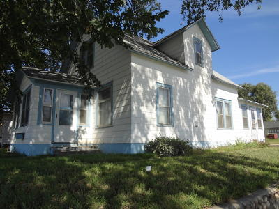 Bismarck Single Family Home For Sale: 323 S 9th Street