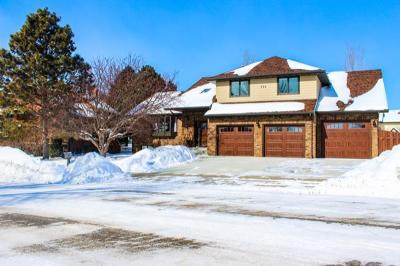 Bismarck Single Family Home For Sale: 724 Juniper Drive