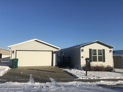 Bismarck Single Family Home For Sale: 4616 Bunker Dr Drive