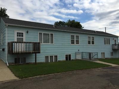 Mandan Single Family Home For Sale: 106 11th Ave Avenue NW