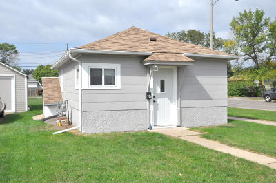 Bismarck ND Single Family Home For Sale: $64,900
