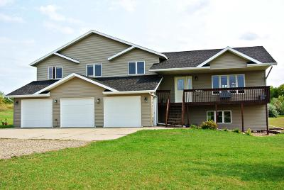 Bismarck ND Single Family Home For Sale: $384,900