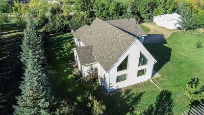 Bismarck Single Family Home For Sale: 6303 Rocky Road NE