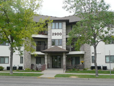 Condo/Townhouse For Sale: 2900 4th St N Street #311