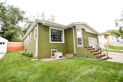 Bismarck Single Family Home For Sale: 722 Anderson Street