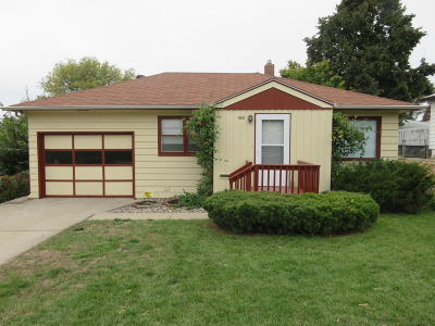 Mandan Single Family Home For Sale: 1005 4th Avenue NW
