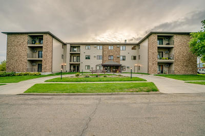 Bismarck Condo/Townhouse For Sale: 1120 12th Street #22