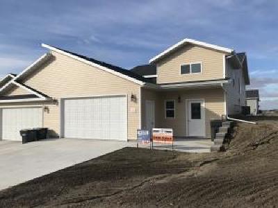 Mandan Single Family Home For Sale: 310 Mario Court SE