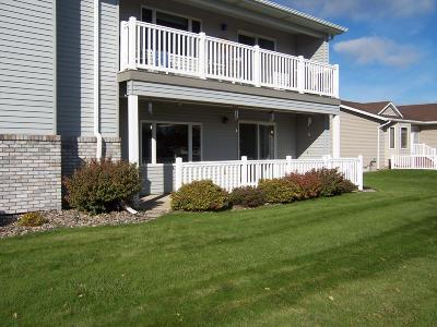 Bismarck Condo/Townhouse For Sale: 2930 Iowa Lane