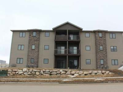 Bismarck Condo/Townhouse For Sale: 3415 Hamilton Street #12