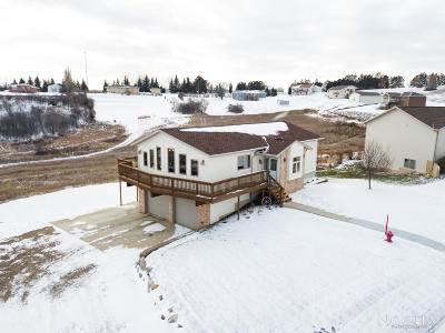 Mandan Single Family Home For Sale: 3009 Hillside Road NW
