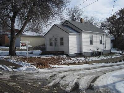 Mandan Single Family Home For Sale: 305 4th Street NE