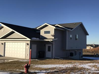 Mandan Single Family Home For Sale: 312 Lena Court SE