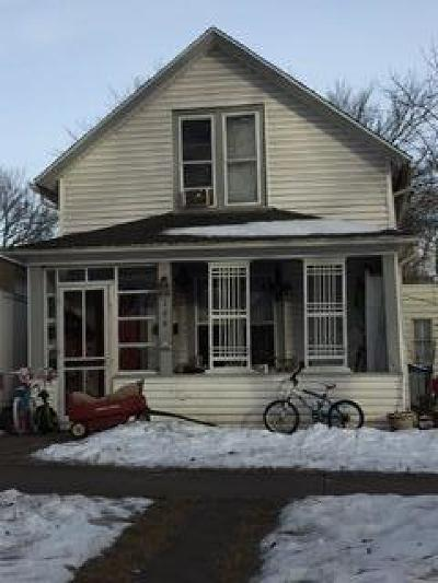 Bismarck Single Family Home For Sale: 106 E Ave C E