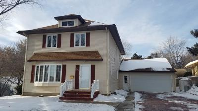 Bismarck Single Family Home For Sale: 916 N Anderson Street