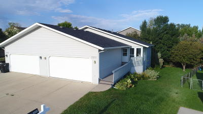 Bismarck Single Family Home For Sale: 3281 E Capitol Avenue