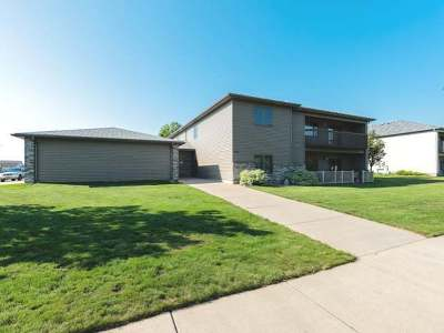 Bismarck ND Condo/Townhouse For Sale: $179,900