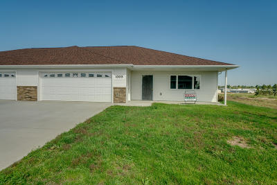 Beulah, Hazen Single Family Home For Sale: 1003 Otter Creek N