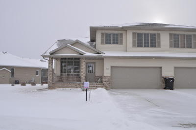 Bismarck Condo/Townhouse For Sale: 3431 Thunderbird Lane